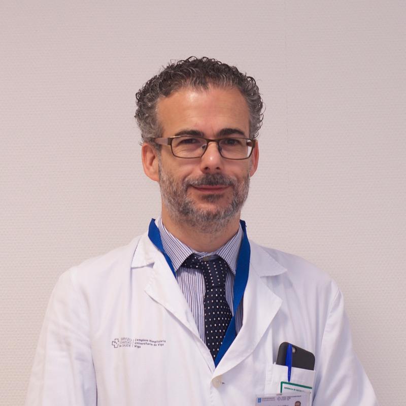 Dr. Alberto Fernández Villar